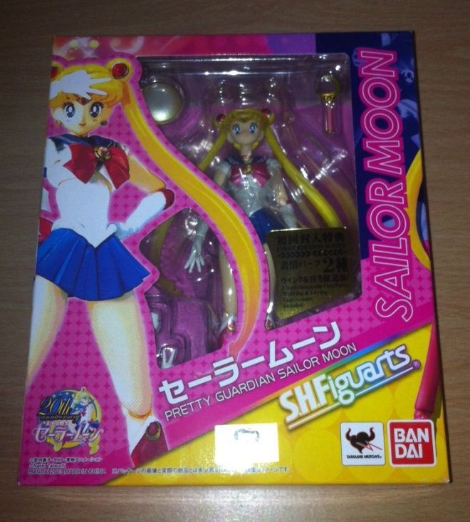 Sailor Moon Figuarts - in the box!